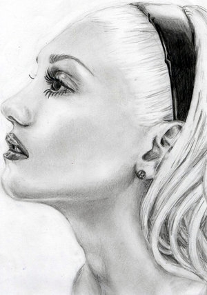 Gwen Stefani by addieee